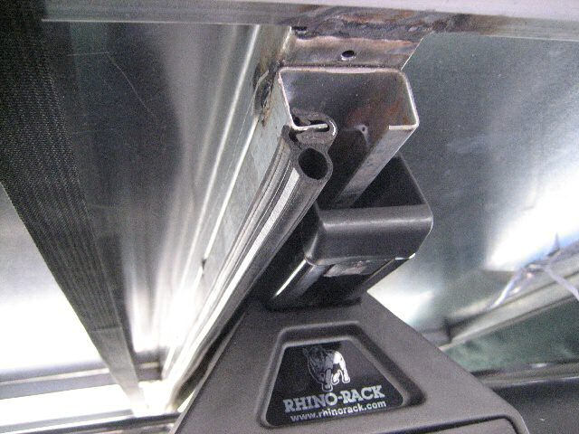 A Rhino-rack mounting option  for the 'Roof Topper 8' - Roof  Top Tent.  Click this image for a larger  zoomed view.